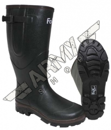 Rubber boot with neoprene lining