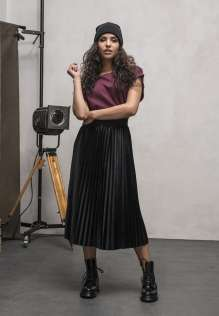 Ladies Velvet Plisse Skirt
